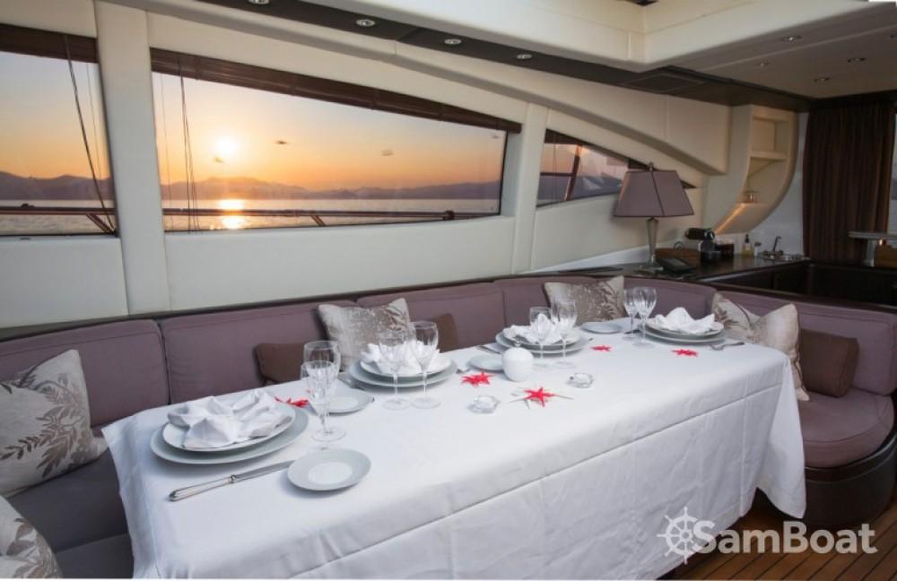 Yachten mit oder ohne Skipper Mangusta mieten in Cannes