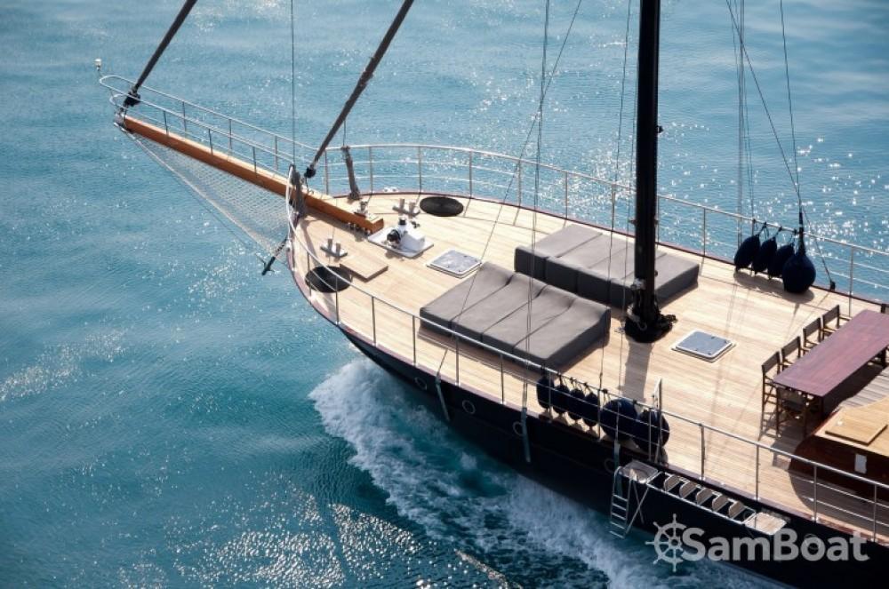Segelboot mieten in Cannes - Custom 32.00 metres (105')