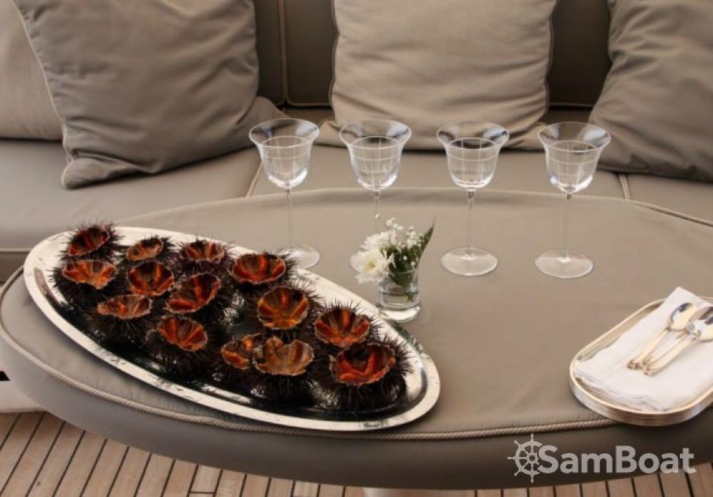 """Yachten mieten in Cannes - Mangusta 28.06 metres (92' 1"""")"""