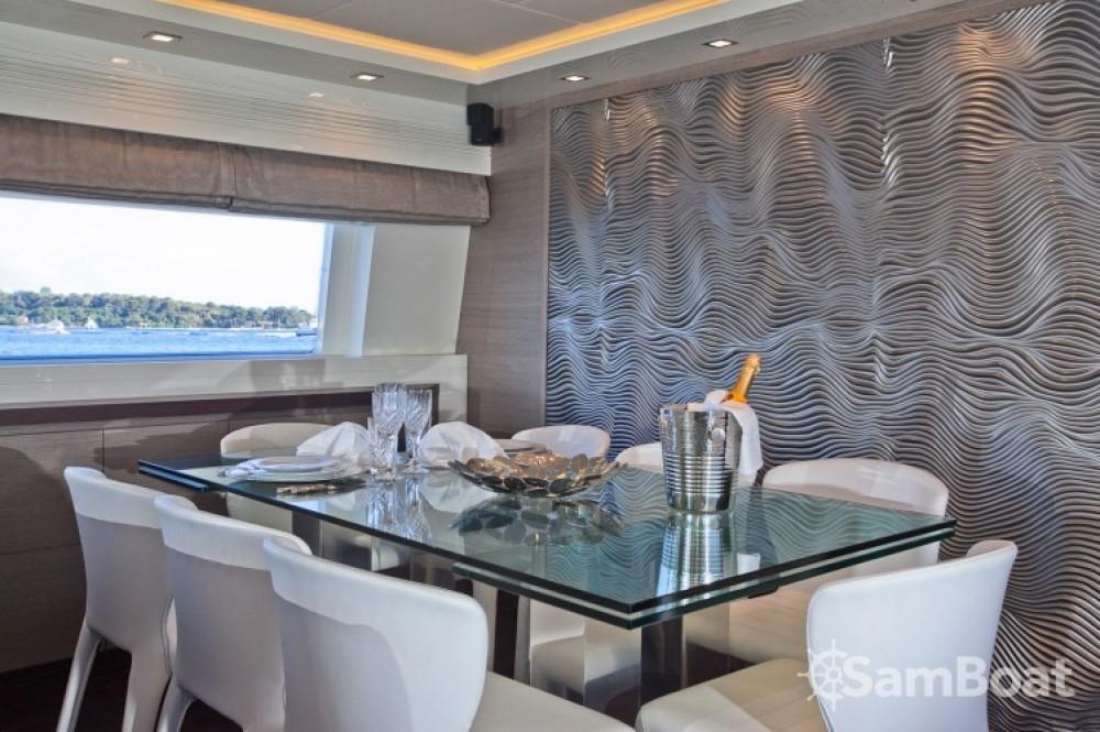 Yachten mit oder ohne Skipper Maiora mieten in Cannes