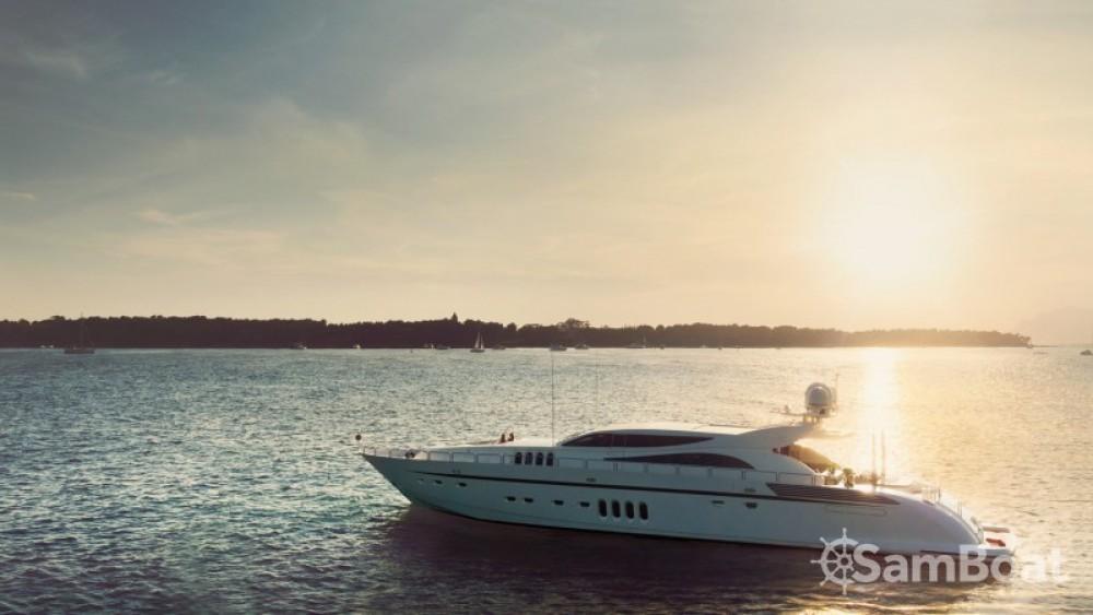 Vermietung Yachten Andrea-Bacigalupo mit Führerschein