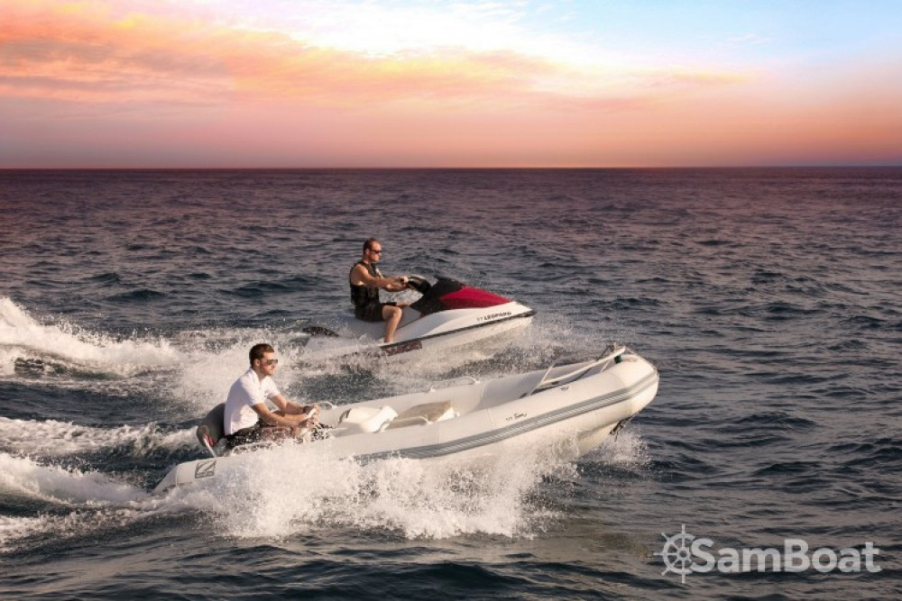"Yachten mieten in Cannes - Andrea-Bacigalupo 34.11 metres (111' 11"")"