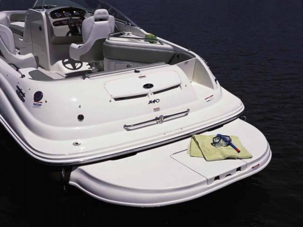Yacht-Charter in Puerto Deportivo de Marbella - Sea Ray Sea Ray 240 Sundeck auf SamBoat
