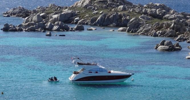 Motorboot mieten in Antibes - Bénéteau Monte Carlo 47 Fly