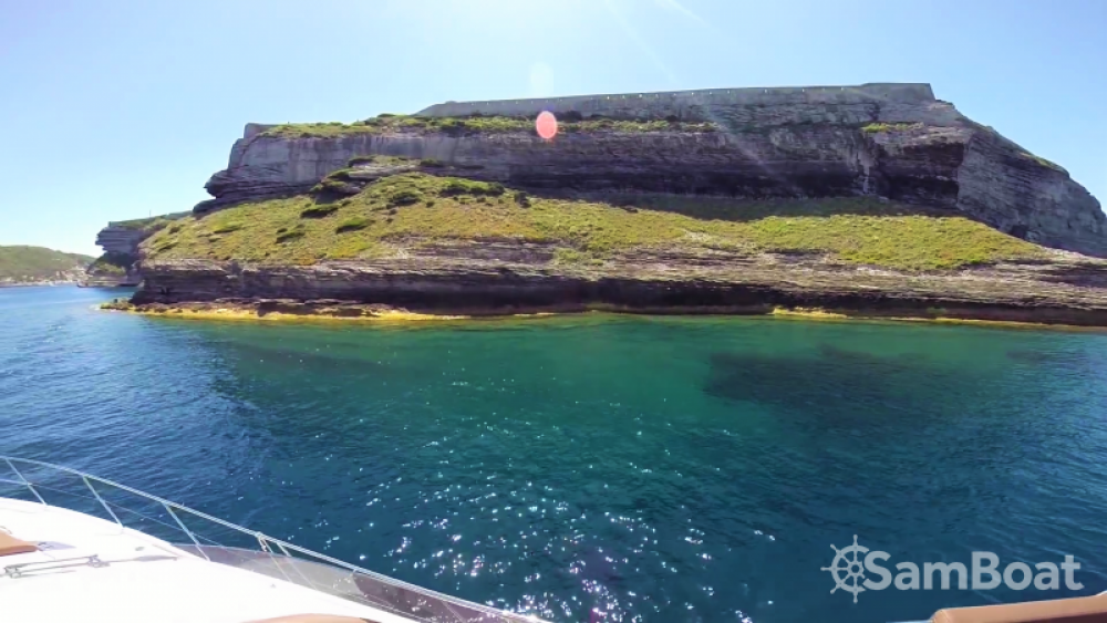 Motorboot mit oder ohne Skipper Bénéteau mieten in Antibes