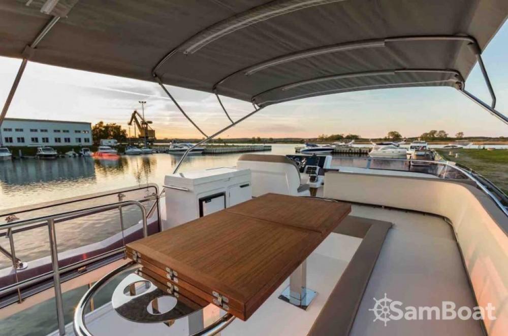 Bootsverleih Galeon 550 FLY Saint-Raphaël Samboat