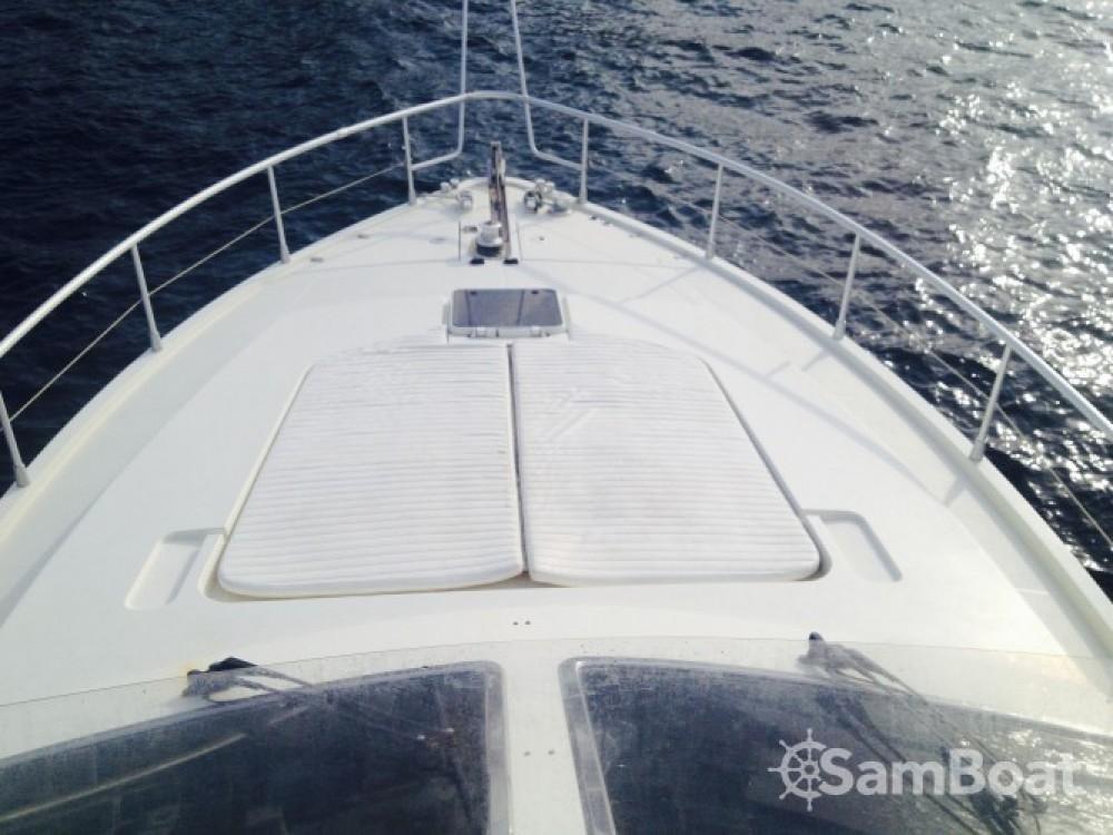 Vermietung Motorboot Ferreti mit Führerschein