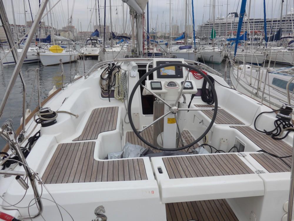 Segelboot mieten in Toulon zum besten Preis