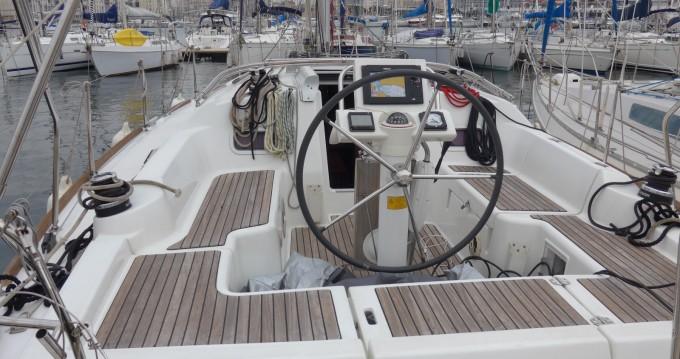 Bootsverleih Bénéteau Oceanis 34 Elegance Toulon Samboat