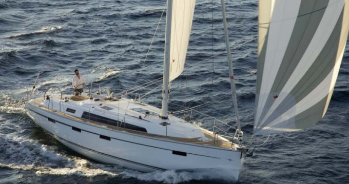 Yacht-Charter in Castellammare di Stabia - Bavaria Cruiser 41 auf SamBoat