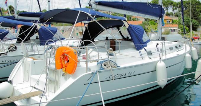 Segelboot mieten in Rogač zum besten Preis