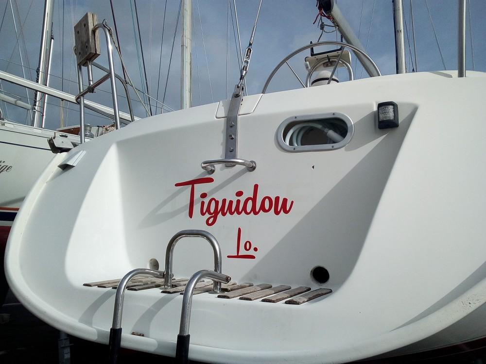Yacht-Charter in Locmiquélic - Bénéteau Oceanis 350 auf SamBoat