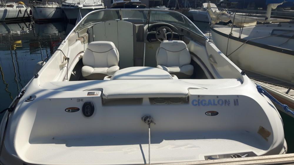 Ein Bayliner Capri Cuddy 2052 mieten in Le Lavandou
