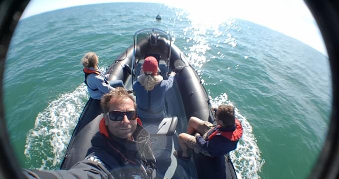Schlauchboot mieten in La Flotte - Bombard Explorer 600