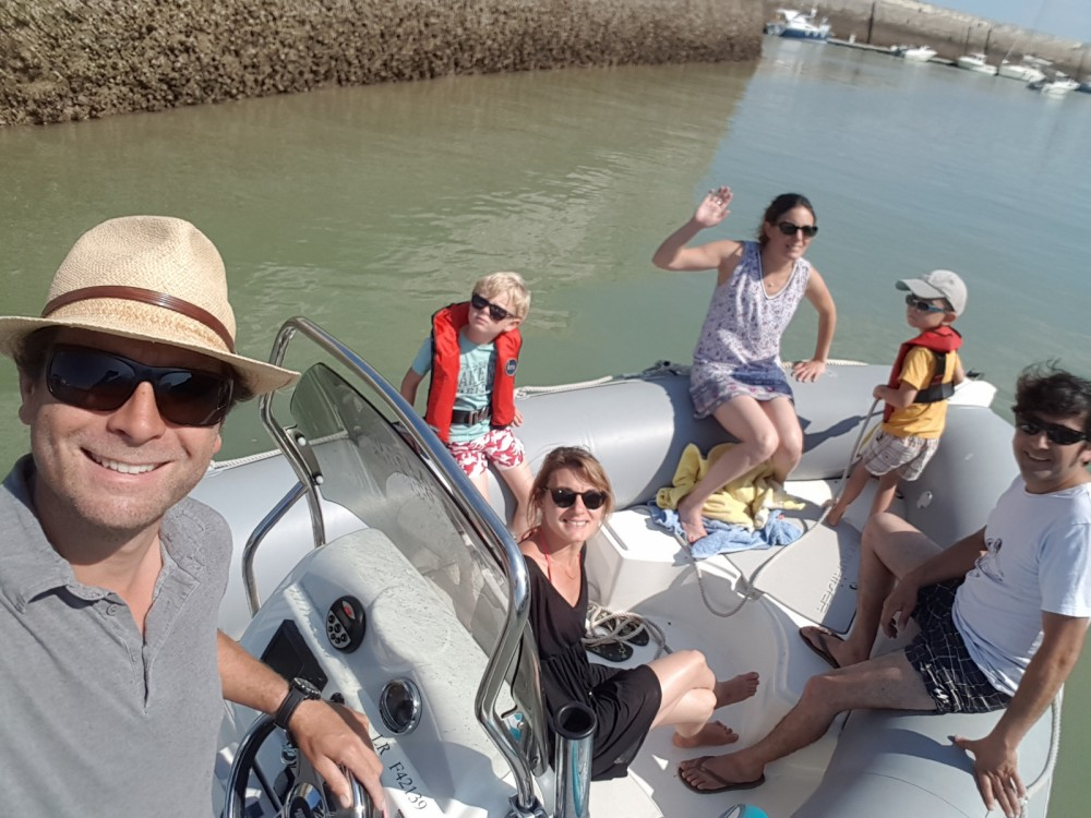 Schlauchboot mieten in La Flotte zum besten Preis