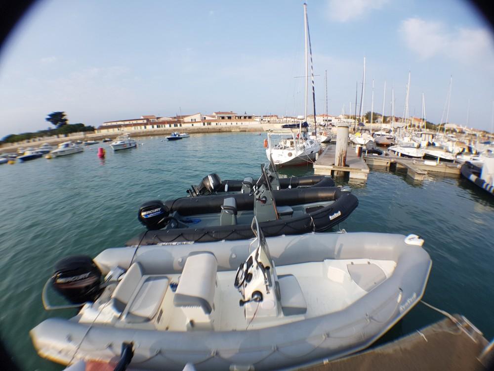 Vermietung Schlauchboot Bombard mit Führerschein