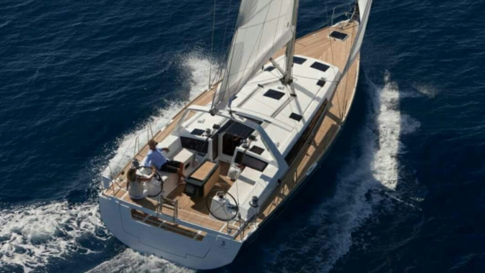 Bénéteau Oceanis 48 zwischen Privatpersonen und professionellem Anbieter Nizza
