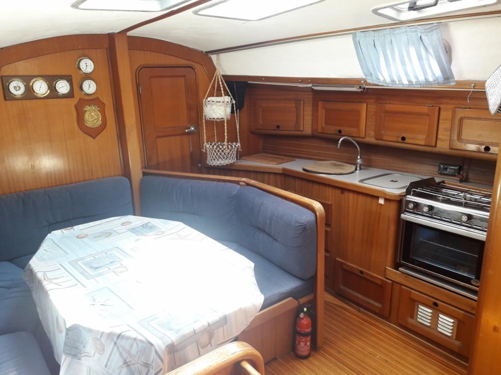 Bavaria Bavaria 340 Caribic zwischen Privatpersonen und professionellem Anbieter Marina di Grosseto