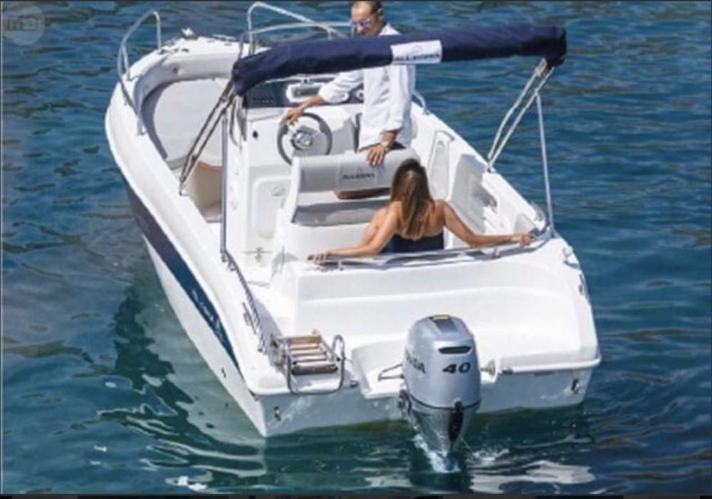 Allegra Boats All 19 Open zwischen Privatpersonen und professionellem Anbieter Collioure