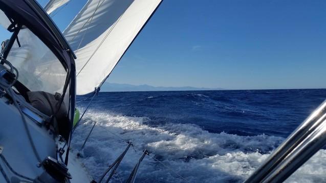 Jeanneau Sun Odyssey 44 zwischen Privatpersonen und professionellem Anbieter Saint-Mandrier-sur-Mer