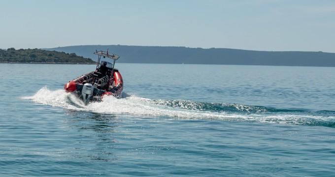 Schlauchboot mit oder ohne Skipper Ris Marine mieten in Trogir