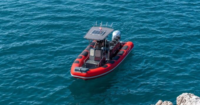 Ris Marine RM 599 Special zwischen Privatpersonen und professionellem Anbieter Trogir
