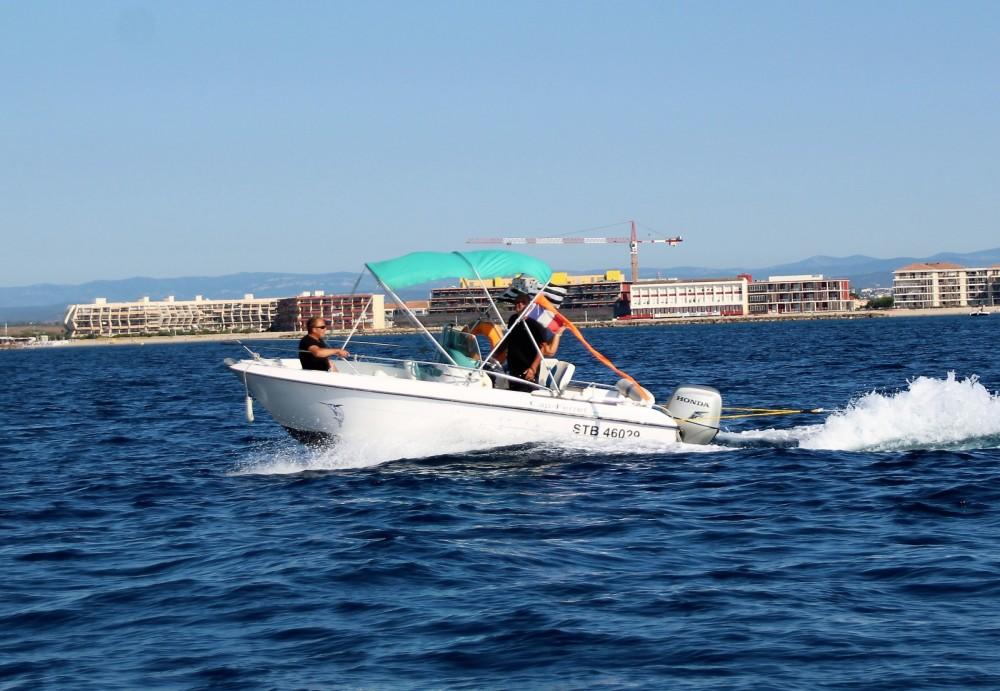B2 Marine Cap Ferret zwischen Privatpersonen und professionellem Anbieter Palavas-les-Flots