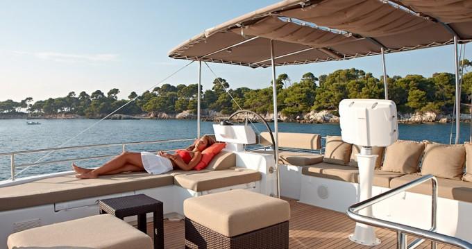 Lagoon Lagoon 620 zwischen Privatpersonen und professionellem Anbieter Ajaccio