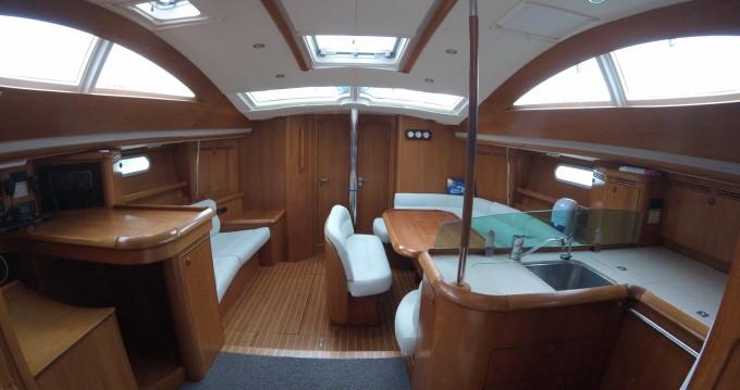 Segelboot mit oder ohne Skipper Jeanneau mieten in Maliaño