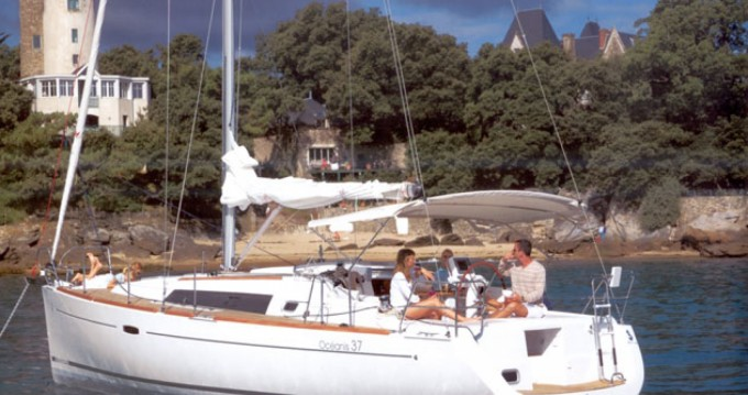 Bootsverleih Bénéteau Oceanis 37 Athen Samboat