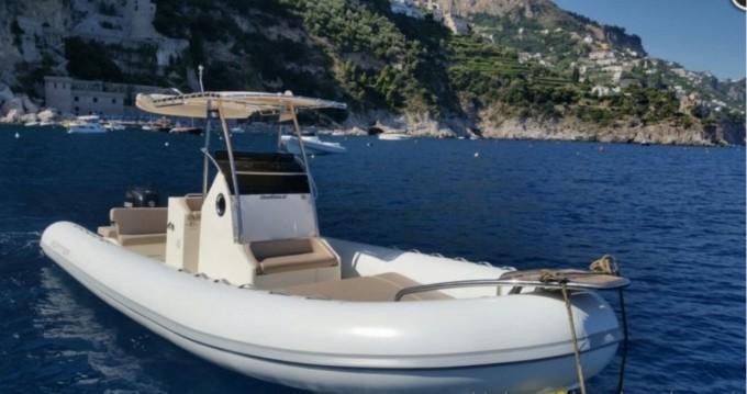 Schlauchboot mieten in Salerno zum besten Preis