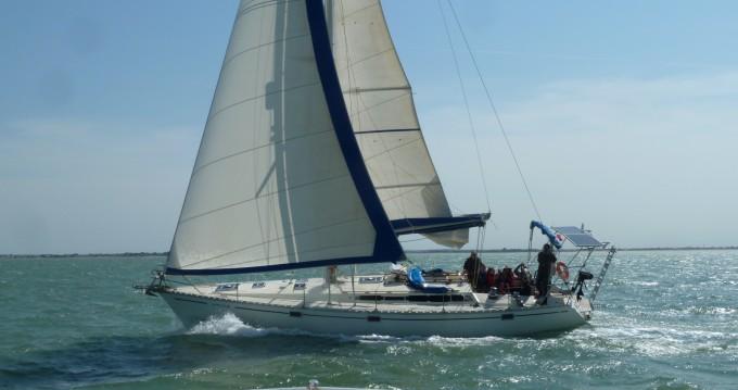 Segelboot mieten in Les Minimes zum besten Preis