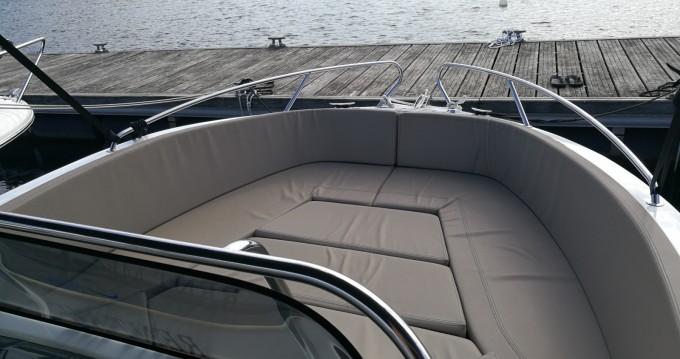Motorboot mit oder ohne Skipper Okiboats mieten in Pula