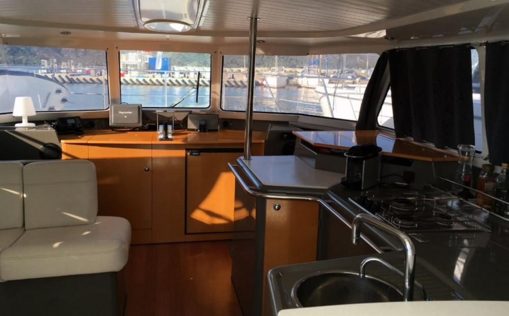 Motorboot mit oder ohne Skipper Fountaine Pajot mieten in Saint-Florent