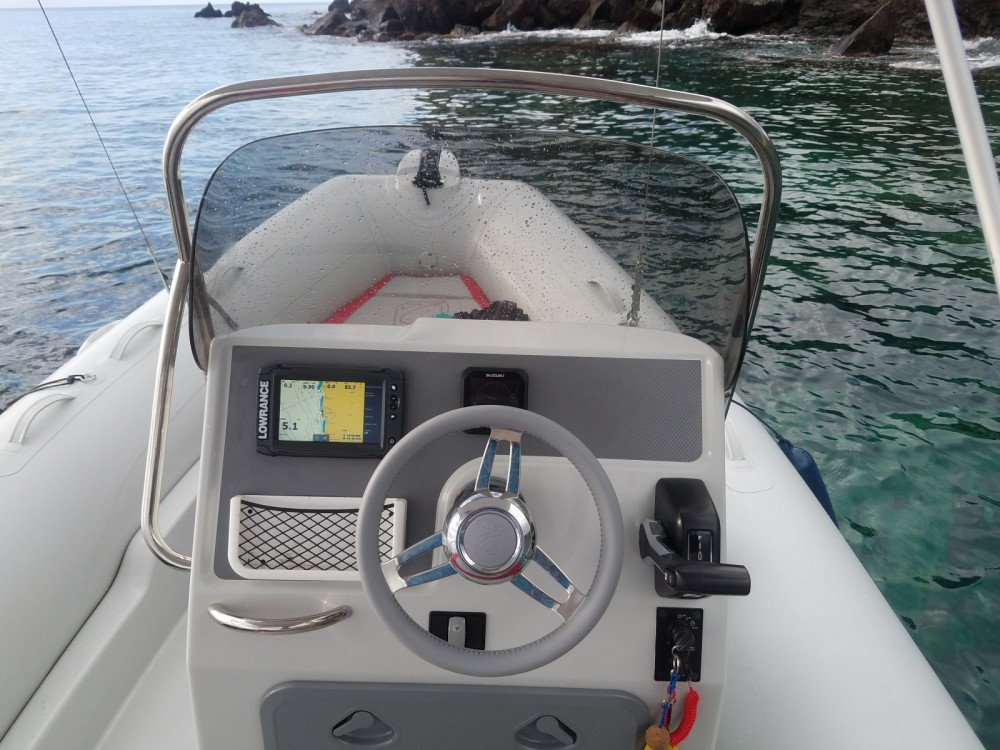 Schlauchboot mieten in Basse-Terre - Zodiac Medline 580 Color