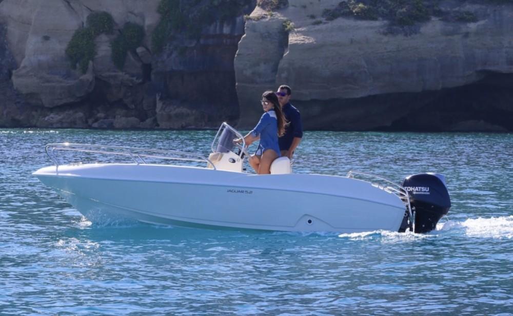 Motorboot mit oder ohne Skipper Ta.ma.re mieten in Tropea
