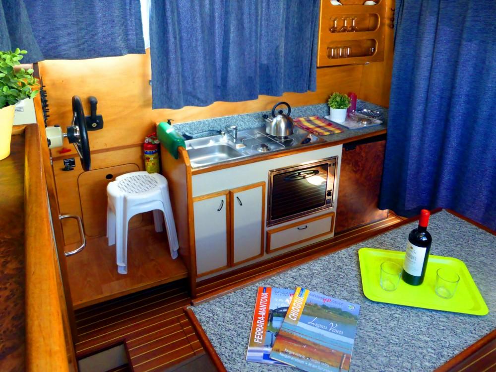 Bootsverleih New-Con-Fly SUITE 8,90 Chioggia Samboat