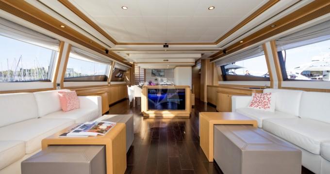 Yacht-Charter in Antibes - Ferretti yacht auf SamBoat