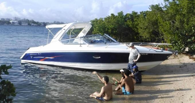 Motorboot mit oder ohne Skipper Formula mieten in Miami
