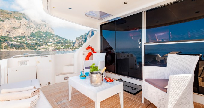 Yacht-Charter in Positano - Fairline Squadron 60 auf SamBoat
