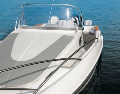 Motorboot mit oder ohne Skipper Quicksilver mieten in Dubrovnik