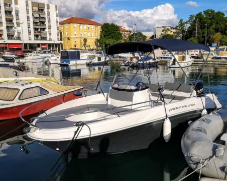 AM Yacht Prince 570 Open zwischen Privatpersonen und professionellem Anbieter Zadar