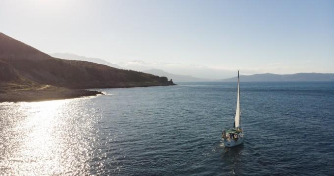 Segelboot mieten in Rethymnon - Bénéteau Oceanis 38.1