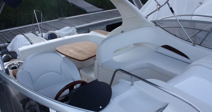 Sessa Marine Oyster 35 zwischen Privatpersonen und professionellem Anbieter Fertilia