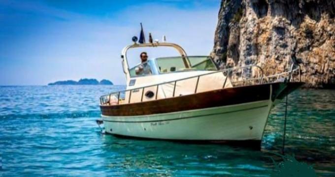 Bootsverleih Fratelli Aprea Sorrento 7,50 Semi Cabinato Positano Samboat