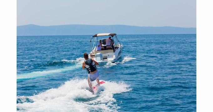 Motorboot mieten in Makarska zum besten Preis