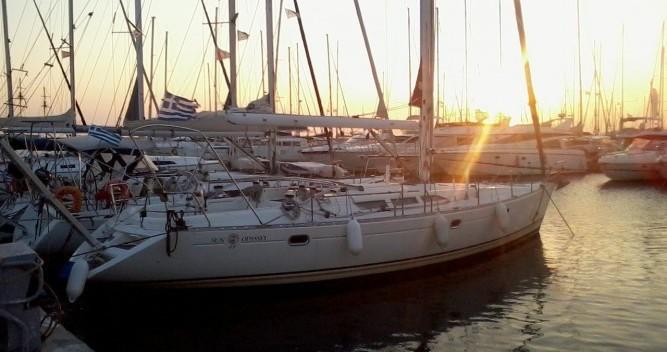 Ein Jeanneau Sun Odyssey 47 mieten in Álimos