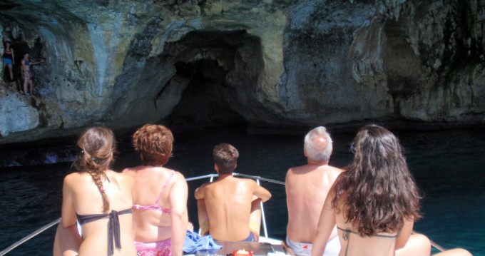 Motorboot mieten in Porto Cristo zum besten Preis