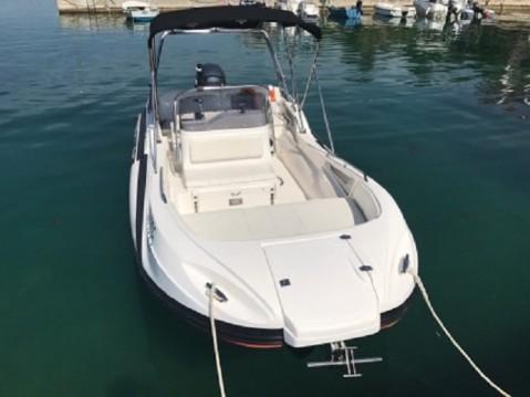 Motorboot mit oder ohne Skipper Sasanka Yacht mieten in Makarska