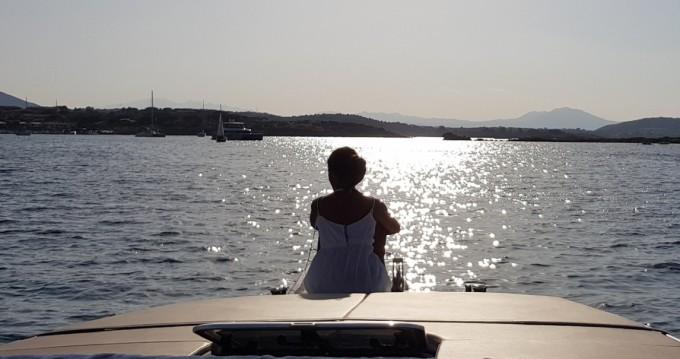 Motorboot mit oder ohne Skipper Dual Craft mieten in Porto San Paolo